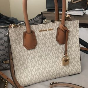 Handbags - Authentic Michael Kors